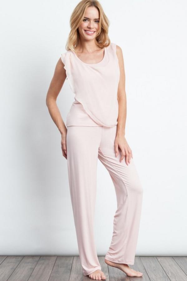 Luisa Moretti Dámske pyžamo bambusové STEPHANIA. Dvojdielne bambusové pyžamo STEPHANIA v béžovej farbe Vás zaujme svojou jemnosťou a ľahkosťou. M Ružová