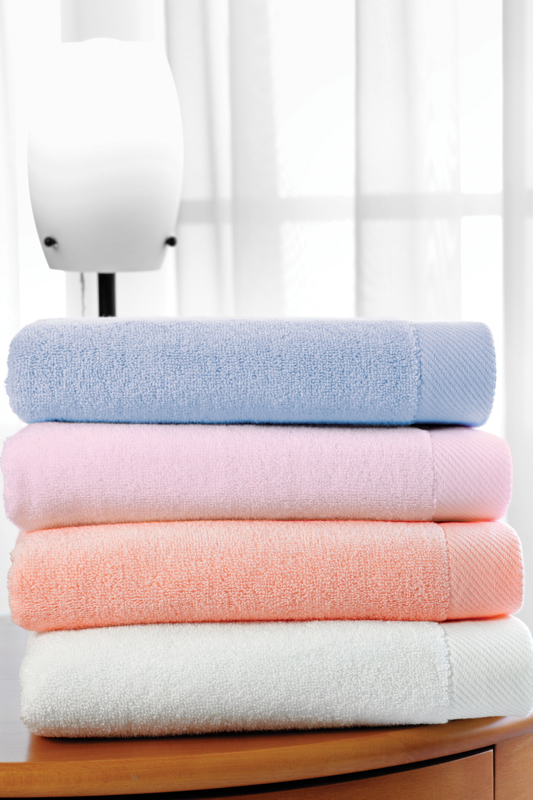 Badetuch MICRO COTTON 75x150 cm - Farbe: Pink