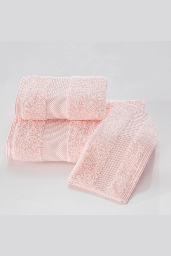 Soft Cotton Luxusné uterák DELUXE 50x100cm. Najlepšie uteráky, ktoré spĺňajú požiadavky na savosť, hebkosť a ľahkú údržbu. Ružová
