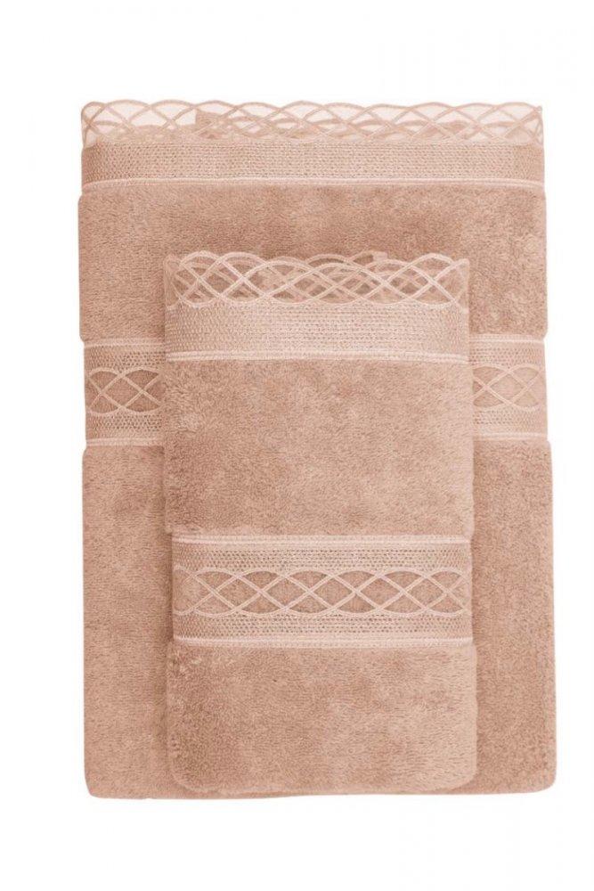 Soft Cotton Osuška SELYA 85x150 cm. Rozmery 85 x 150 cm osušky SELYA sú viac než veľkorysé, takže poskytujú maximálne pohodlie. 100% česaná bavlna je synonymom pre veľmi kvalitný materiál. Bronzová