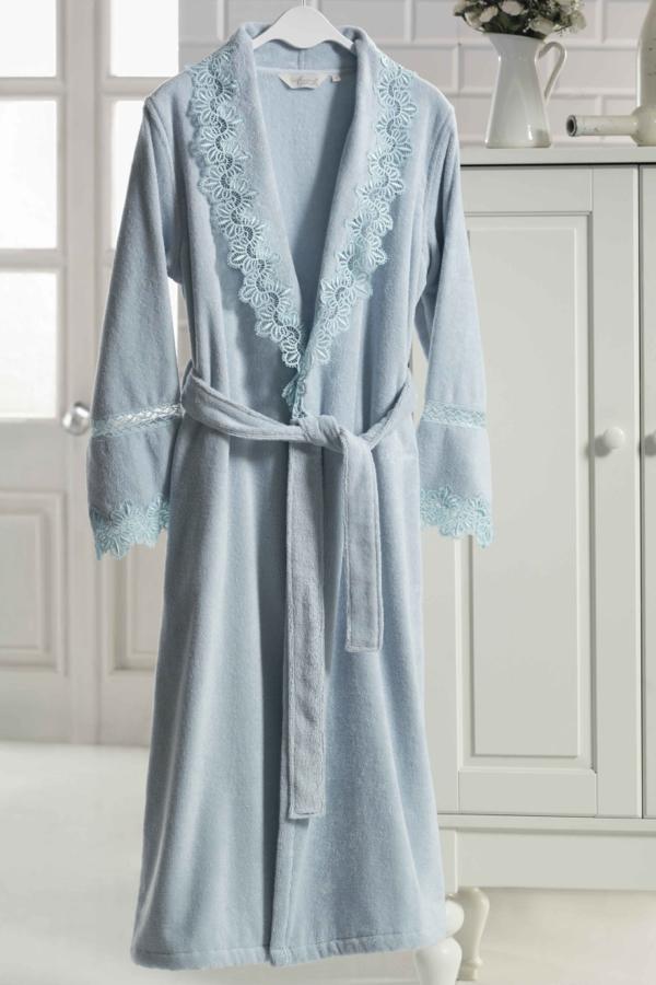 Soft Cotton Dámský elegantní župan VICTORIA v dárkovém balení. Dámský župan VICTORIA je vyroben ze 100% česané bavlny o gramáži 420 g/m2 s šálovým límcem.