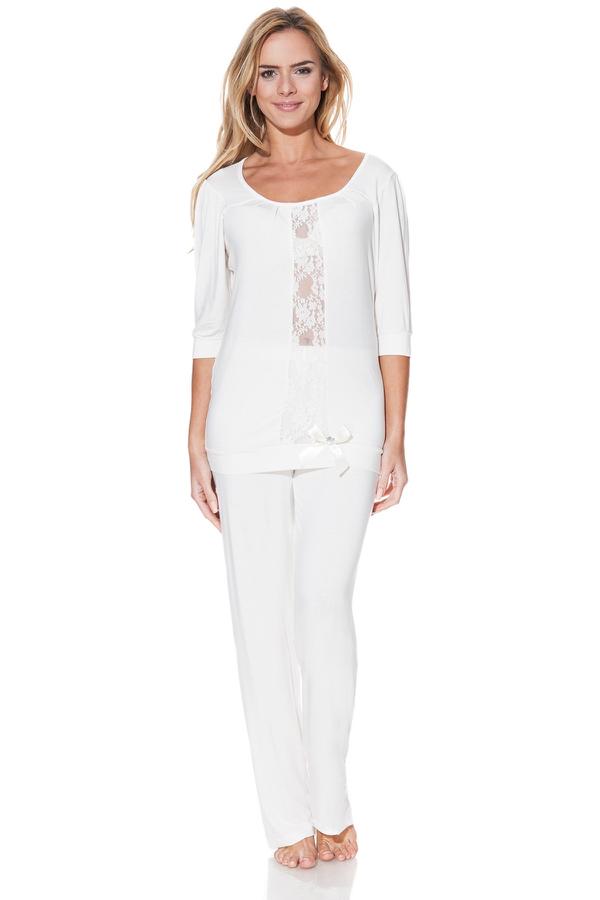 Luisa Moretti Dámske bambusové pyžamo SERENA. Talianske dámske pyžamo SERENA s nápaditou čipkou, vyrobené zo 100% bambusového vlákna, balené v darčekovom boxe. Krémová S
