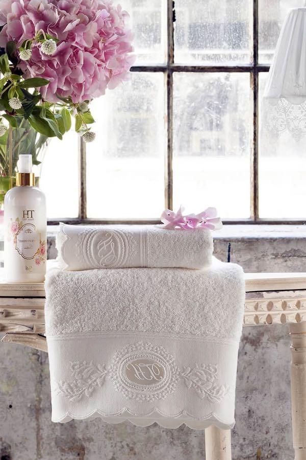 Soft Cotton Osuška a ručník ANTOINETTE v dárkovém balení smetanová