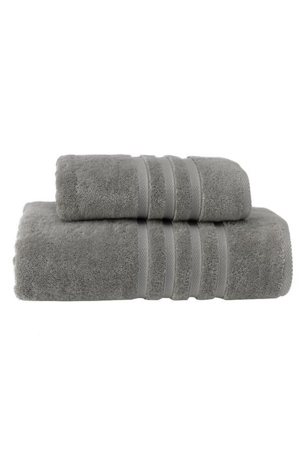 Soft Cotton Osuška BOHEME 85x150 cm. Jej rozmery sú veľkorysé, a to 150 x 85 cm, takže je vhodná nielen pre ženy, ale aj pre mužov. Po kúpeli zahalí vaše telo od hlavy až k päte. Sivá