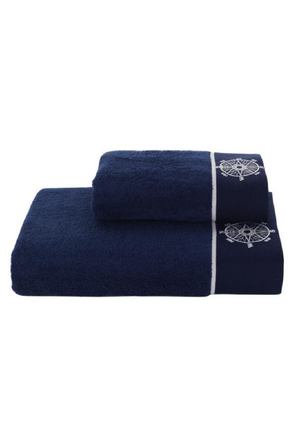 Soft Cotton Uterák MARINE LADY 50x100 cm. Uterák o gramáži 580 g/m2 meria 50 x 100 cm. Je vyrobený zo 100% česanej bavlny, takže skvele saje vlhkosť a rýchlo schne. Garantujeme, že sa o vašu pokožku postará s náležitou starostlivosťou a nehou. Tmavo modrá