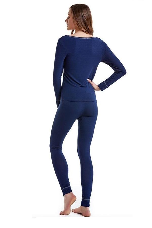 Luisa Moretti Dámské bambusové pyžamo NATHALIE. Dámské bambusové pyžamo NATHALIE je jako stvořené pro ženy, které dávají přednost jednoduchosti a komfortu. Pohodlné pyžamo sportovního střihu je k dostání v modrošedé nebo tmavě modré barvě.